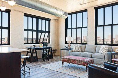 One Bedroom Corner Unit - Two Walls Of Oversized Windows With Open Floor Plan