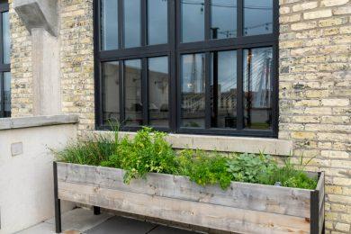 Pretty Outdoor Planter Box
